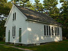 wells_maine_div_9_schoolhouse_2006