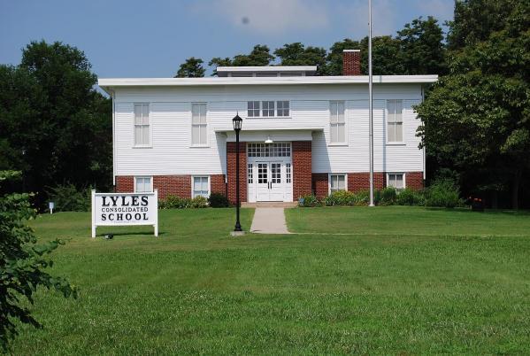 Lyles-Station-Consolidated-School-C-Credit-Stewart-Sebree